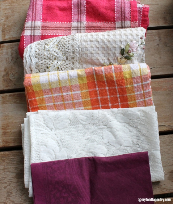 Creatively use the dish cloth